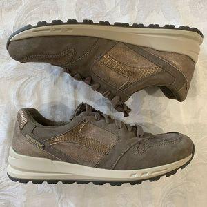 Mephisto Shoes - Mephisto Cross Walking Shoe, Pewter/Taupe